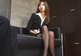 生意気な美人秘書2