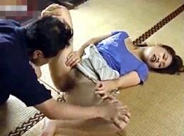 美人妻が義弟に押し倒され脇汗を濡らして快楽堕ちの連続痙攣イキ3
