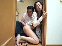 ご近所夫婦の飲み会で他人棒に寝取られ激痙攣イキまくる美人妻たち0