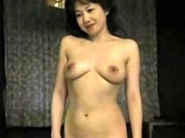 絶倫の義兄との浮気セックスに溺れるデカ乳輪の巨乳熟女!大沢萌3