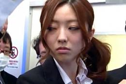 仕事のデキる美人キャリアOLは真性ドM!電車内で同僚に集団陵辱されビクビク痙攣!羽田あい2