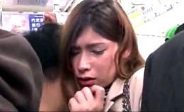 ハーフ女子大生が満員電車でデカ尻に激ピストンされガクガク痙攣アクメ!藍井エミリ0