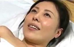 ED夫に怒鳴り巨根で狂いたい人妻が浮気エッチでヒクヒク痙攣!大沢萌・三咲恭子
