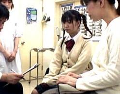 三つ編み娘が鬼畜医師に脅迫されママの側で中出しされヒクヒク痙攣2
