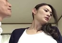 義父の巨根で激ピストンされ激痙攣アクメを繰り返し寝取られる美人妻!竹内紗里奈2
