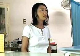 美人妻が婦人科エロ医師に不妊治療で潮吹かされ中出し痙攣!柳田やよい