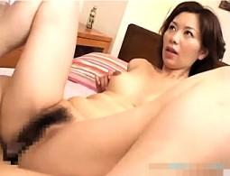 童貞ピストンにイキっぱなしになる三段腹の美熟女!翔田千里