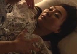 娘の旦那に夜這いされ女に目覚めた義母は毎晩ビクビク痙攣アクメ!夢華さら2