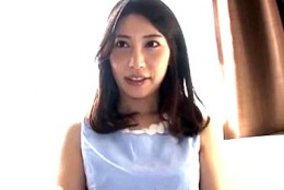 三十路の人妻CAが初イラマチオに涙を流し初めてのザーメンごっくん!羽田璃子