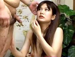 整体院で膣内マッサージされ痙攣欲情した事務員OLが昼間からパコパコ