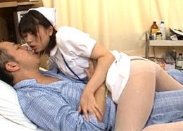 エロい下着の欲求不満ナースが患者に股がりガクガク痙攣イキ!葵こはる