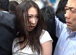 満員電車で高飛車な傲慢OLが陵辱されビクビク痙攣腰砕け!綾瀬みなみ
