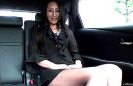 175cm長身の四十路マダムが黒パンスト姿で膣奥突かれ硬直痙攣アクメ!