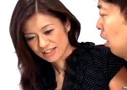 元モデルの三十路熟女が何度もビクビク痙攣アクメする初撮り!麻生京子