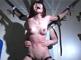 大絶叫で暴れ悶える強烈くすぐり拷問!松下一夫