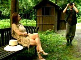 ハッテン公衆便所で絶倫男を物色する巨乳人妻が青姦3Pで痙攣アクメ!風間ゆみ