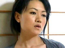 四十路未亡人が隣の絶倫旦那を誘惑して激ピストンされビクビク痙攣!永井智美