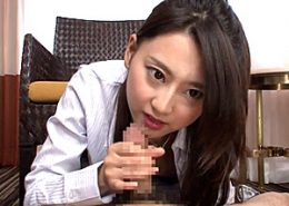 ハードファックで白いマン汁垂らしエビ反り痙攣イキまくる美女!三井悠乃