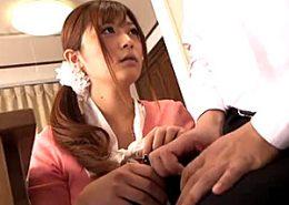 女子大生の家庭教師が媚薬キメセクに狂い、生徒の巨根で大量ハメ潮吹き痙攣イキまくり!さとう遥希