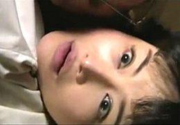 欲求不満の人妻が開業医のセフレに突かれ足ガク痙攣アクメ!浅井舞香