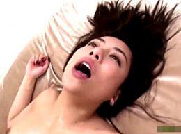 Gカップ巨乳ハーフ娘がキメセク3Pで中出し痙攣イキまくり!松本メイ