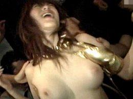 クラブで集団凌辱され悲鳴をあげる巨乳の美人モデル!問答無用の中出し!星野あかり