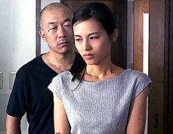 夫を愛しながら元彼の力強いセックスで痙攣イカされまくる美人妻!武藤あやか