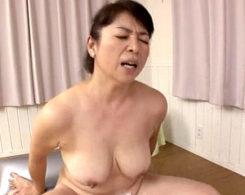 ポッチャリ高齢熟女が洗体ファックで本気イキのガクガク激痙攣!田村みゆき