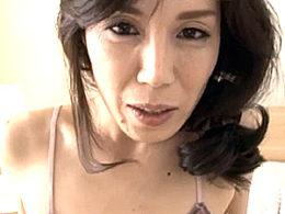 マン毛ボーボーの色っぽい美熟女がアヘ顔で9回痙攣イキ!今宮慶子