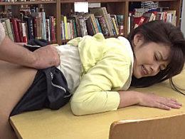 美人女子大生が図書館でハゲオヤジに即ズボされガクガク痙攣【レ●プが合法化された世界】