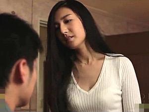 マン毛ボーボーの美女が彼氏と喧嘩して浮気エッチでビクビク痙攣イキまくり!古川いおり