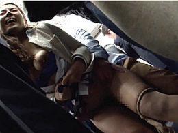 高級ランジェリーから黒乳首の巨乳を晒し地下鉄でガクガク激痙攣中出しされるセレブ美熟女!森下美緒