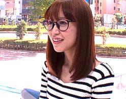 歯科助手のメガネ美人がMM号で騙されヒップマッサージエッチでビクビク痙攣!篠田ゆう