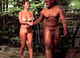 爆乳日焼け人妻が温泉旅行で黒人巨根にハマり寝取られる!吹石れな