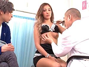 ヤリマン黒ギャルが妊娠検査中に婦人科医師と浮気エッチでビクビク痙攣!上原花恋