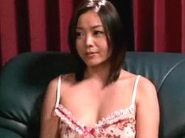 美熟女が催眠をかけられフィストファックでガクガク痙攣!天野小雪