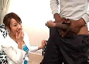 世界一の黒人巨根で中出しされ白目剥いて痙攣する女子アナ!小宮ゆい
