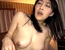 旦那に隠れセフレに下品なセックスを調教されガクガク激痙攣イカされまくる熟女人妻!桐島美奈子