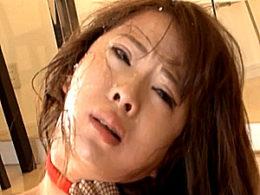 レズ監督に容赦なくフィストファックされマジ泣きで激痙攣する希咲エマ