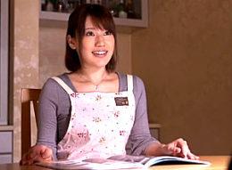 あなた、許して…。訪問営業マンの強引で力強いセックスに身も心も奪われてしまう美人妻!本田莉子
