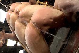 卑劣な大人達に容赦ない過激セックスで種付されるパイパンJK達!激ピストンで白目剥き大量のハメ潮吹き!