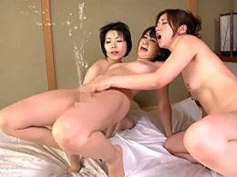 淫乱人妻が3Pレズセックスで大量の噴水潮吹き痙攣アクメ!葵千恵・加藤ツバキ