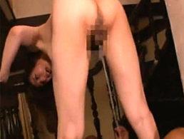 スタイル抜群の美熟女がアクロバットなセックスで大量潮吹き足ガク痙攣!澤村レイコ