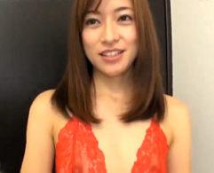 元女子アナの美人妻が細身ボディをガクガク激痙攣させ連続マジイキ!徳島えり