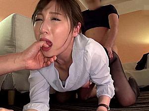 美人の社長秘書が肉便器にされアヘ顔で潮吹き痙攣イカされまくる!佐々木あき