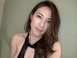 浮気美人妻がセフレと3Pハメ撮りでビクビク痙攣マジイキ連発!水野優香