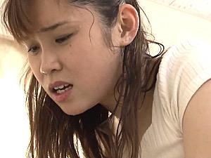 超敏感な叔母が滝汗を流しながら若い甥に股がりガクガク激痙攣マジイキまくり!松坂美紀