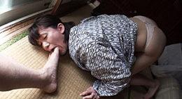 貧乳スレンダーなドM美人妻が種付浮気で追撃ピストンされビクビク痙攣イキまくり!城咲京花