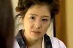 割烹着姿の高齢熟女母がED夫の代わりに息子と近親相姦!松田優子