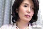 高齢熟女の女医が若い患者に陵辱され激ピストンでビクビク痙攣イカされまくる!西本かつの